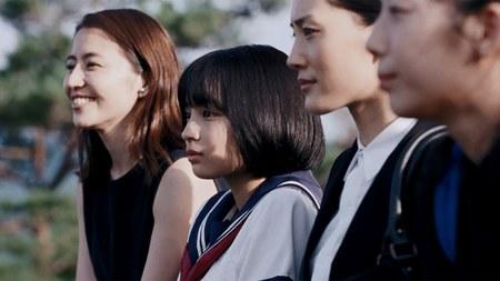 四姉妹の横顔